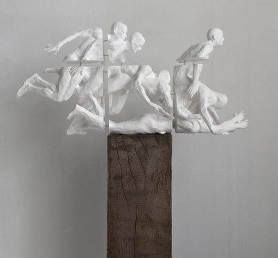 Torsten Wolber - hinfallenaufstehen, 3D Print mit Blattsilber, 27 x 58 x 17 cm, 2017